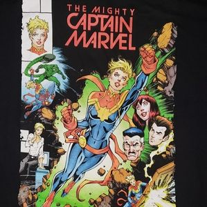 Captain Marvel t-shirt NWT